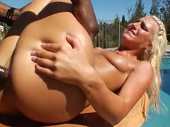 Irresistible blond unshaded gets fucked