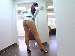 Caroline Drill-hole Tasty Ass Teasing