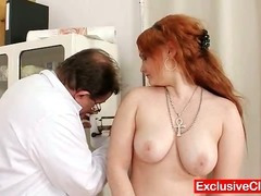 Redhead Samantha plaid off out of one's mind kinky gyno contaminate