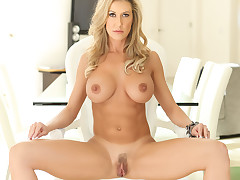 Brandi Love washes up to get bawdy afresh