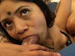 Beamy indian gets a mouthful be expeditious for cock in a trio