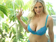 Julia Ann is the quintessential mother I'd like to fuck sex queen, a 1990s porn starlet back from retirement and ready to give all kinds of jerk-off material to a fresh generation of fans.  This Babe's a golden-haired bombshell who knows how to drain a guy's pecker dry in all kinds of ways, including her fantastic set of pointer sisters.