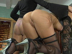 Two lezzies in nylon tights go for being tongue giving a hug and clam-diving